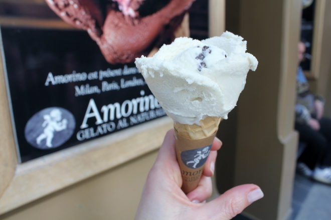 Amorino ice-cream on unspoiled Ile Saint-Louis, Paris